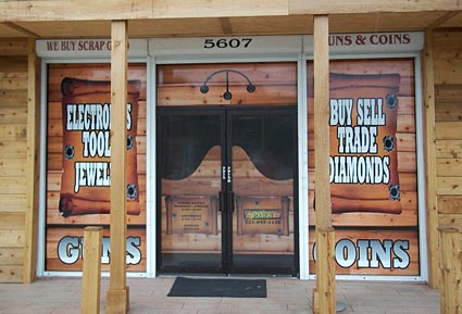 Silver Dollar Pawn Entrance